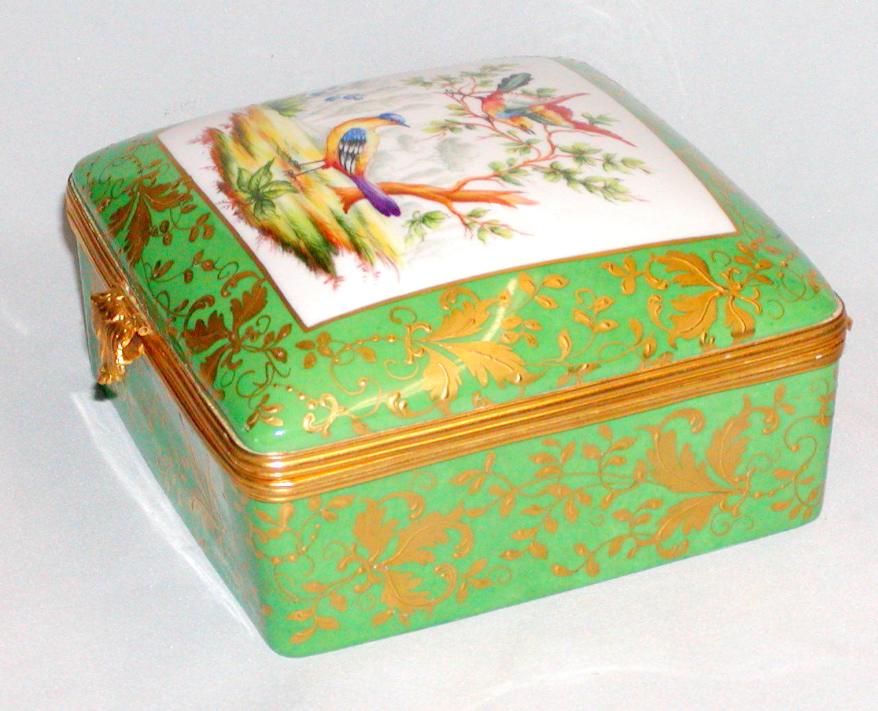 hand painted le tallec large limoges square box with birds. Black Bedroom Furniture Sets. Home Design Ideas